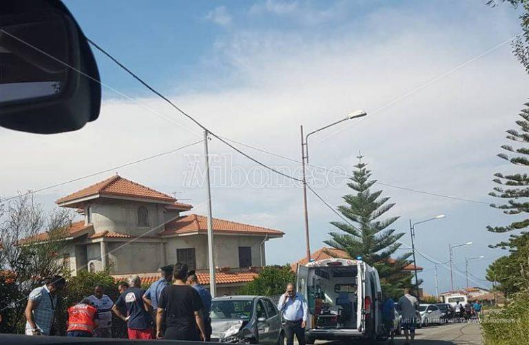 Incidente stradale a Favelloni, feriti due anziani