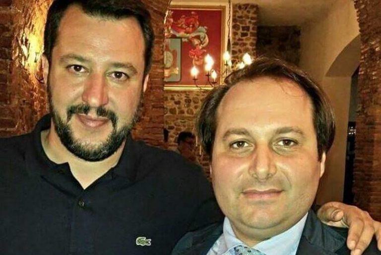 Migranti, la Lega replica al prete vibonese che aveva condannato Salvini