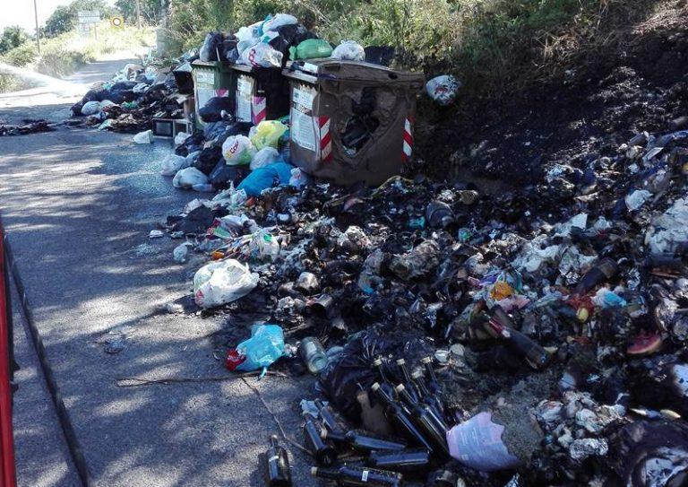 Caos rifiuti a Vibo, il Comune diffida la Dusty