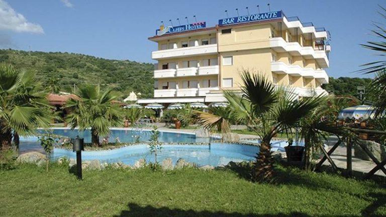 Joppolo: Cliffs Hotel, Tar accoglie sospensiva della revoca per il subentro nell'immobile