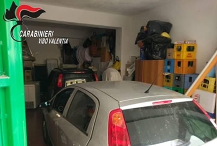 Auto rubate ritrovate in un garage di Tropea, 36enne arrestato e rimesso in libertà