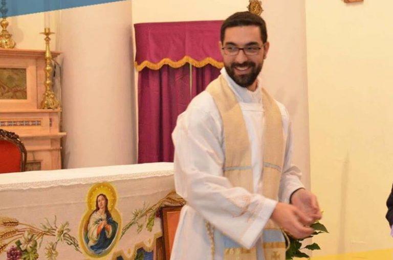 """Monsignor Francesco Massara """"convoca"""" don Domenico Romano a Camerino"""