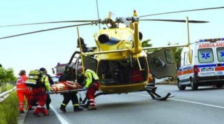 Incidente stradale al bivio di Panaia, due ciclisti e un motociclista feriti