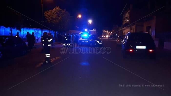 Incidente a Vibo Marina, auto investe una donna e fugge