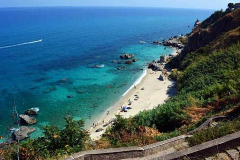 """Parghelia, la spiaggia di Michelino premiata anche da """"Il Messaggero"""""""