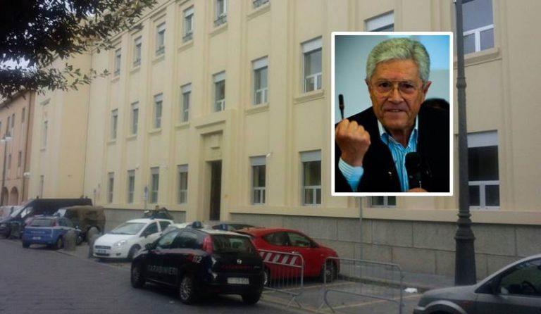 Inchiesta sul caos rifiuti a Vibo: tre ore di interrogatorio per il sindaco Elio Costa