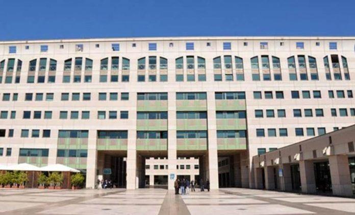 Il palazzo di giustizia di Reggio dove si sta celebrando il processo
