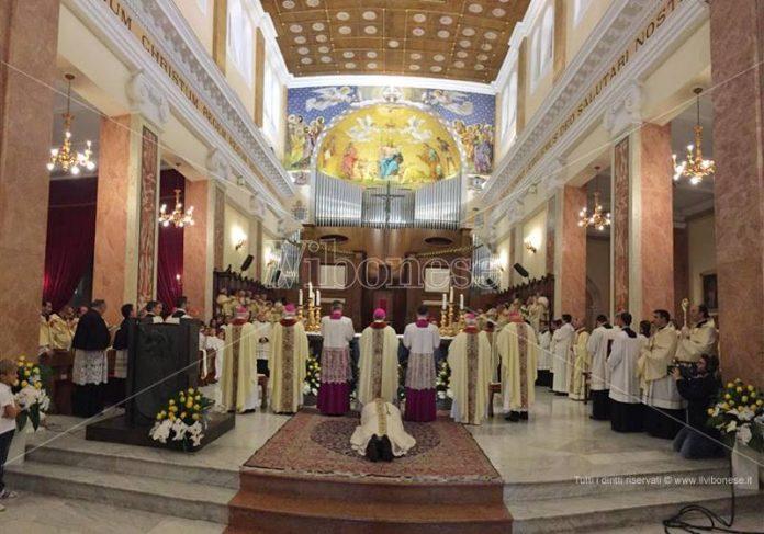 L'ordinazione di monsignor Massara a Mileto