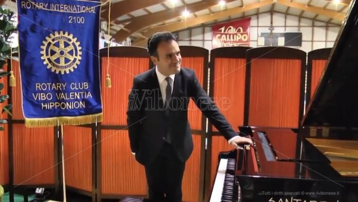 Il maestro Roberto Giordano al PalaValentia