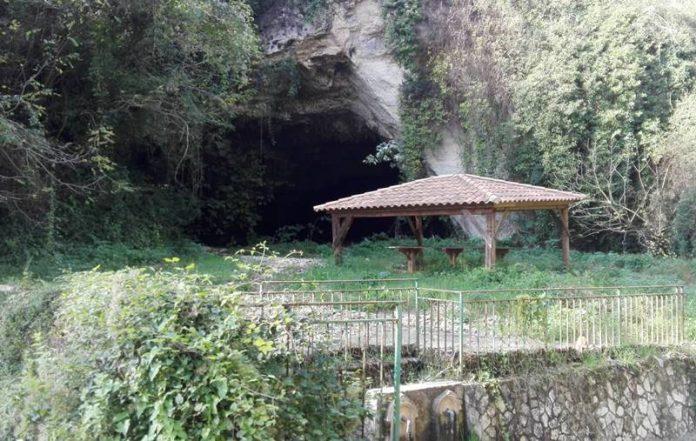 La grotta di Santa Cristina a Filandari