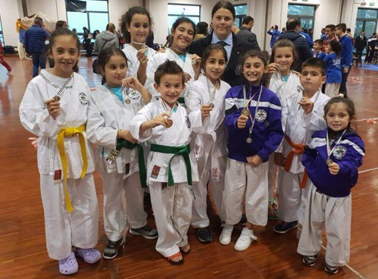 Karate, la Virtus Vibo miete nuovi successi al Gran Premio Giovanissimi