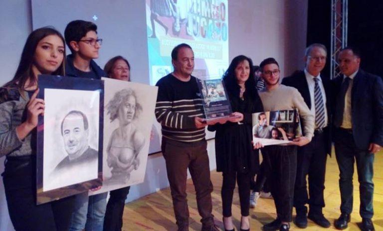 Lucano premiato a Vibo, Lega all'attacco: «Legittimata l'inosservanza della legge»