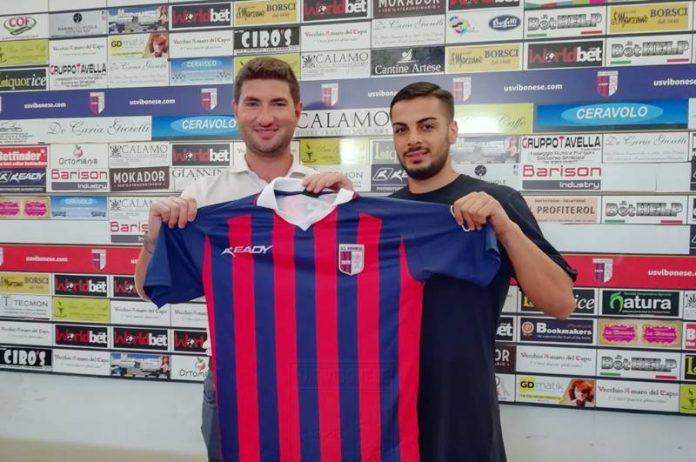 Il direttore sportivo Lo Schiavo con Mario Prezioso