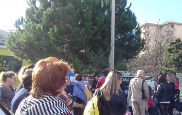 La protesta dei genitori di Bivona