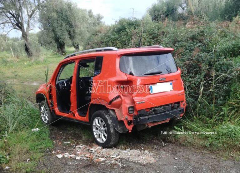 Auto rubata ritrovata a Vena Superiore parzialmente smontata, indagini in corso