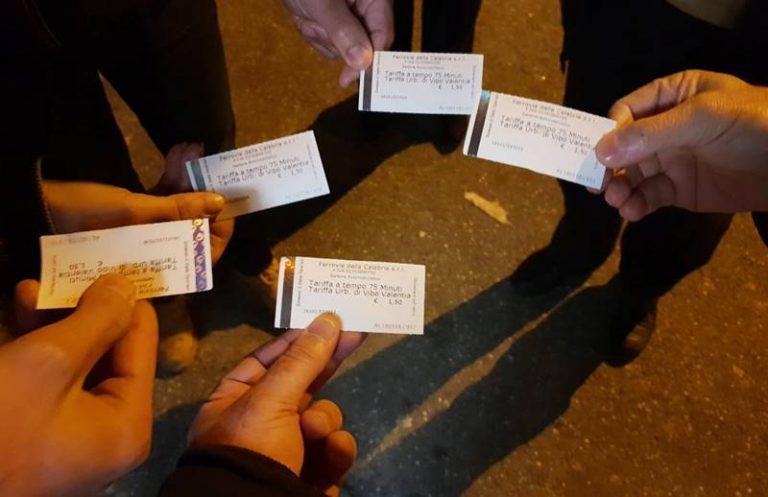 Trasporto pubblico a Vibo, il test dei cinquestelle: «Prendere un bus? Mission impossible»