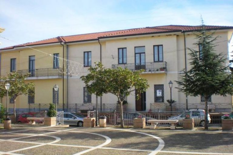 Comune di Zambrone, due i finanziamenti ottenuti dall'ente locale