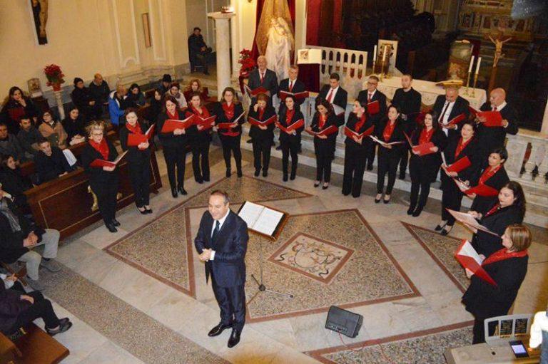 Nicotera, applaudita esibizione del Coro polifonico Musica nova in cattedrale – Video
