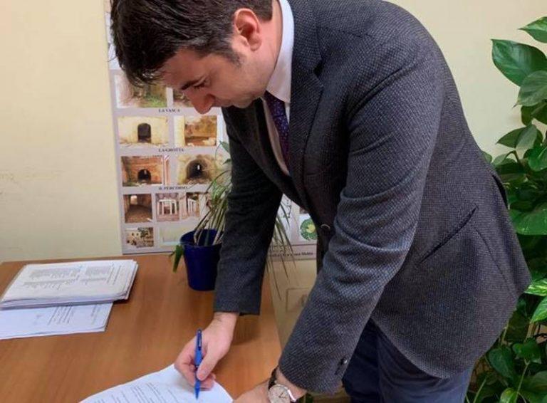 Sfiducia al sindaco Costa, firmano anche i Progressisti per Vibo