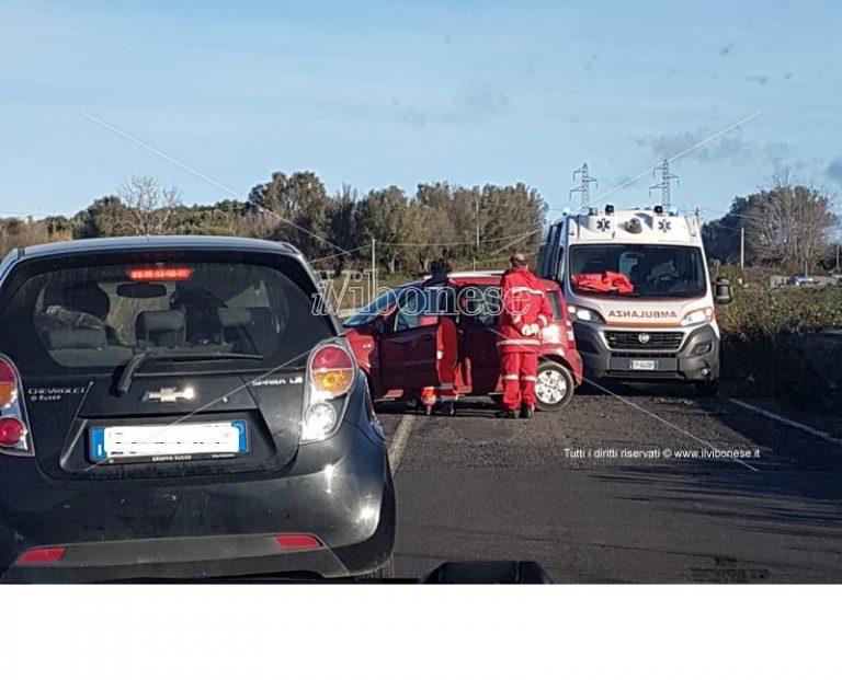 Incidente stradale fra Vibo e San Gregorio, ferita una donna