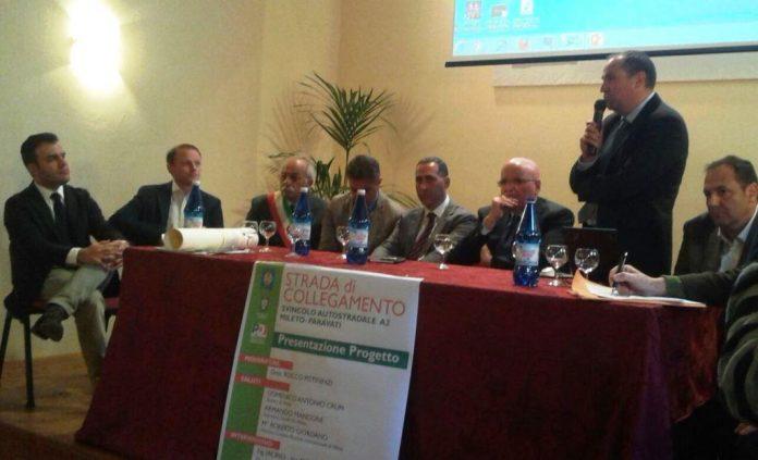 La conferenza stampa di Oliverio nel 2016