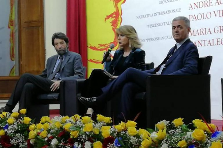"""Premio letterario Padula, riconoscimento a Pantaleone Sergi per """"Liberandisdomini"""""""