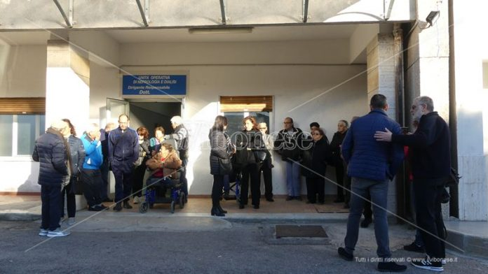 La protesta dei pazienti in dialisi