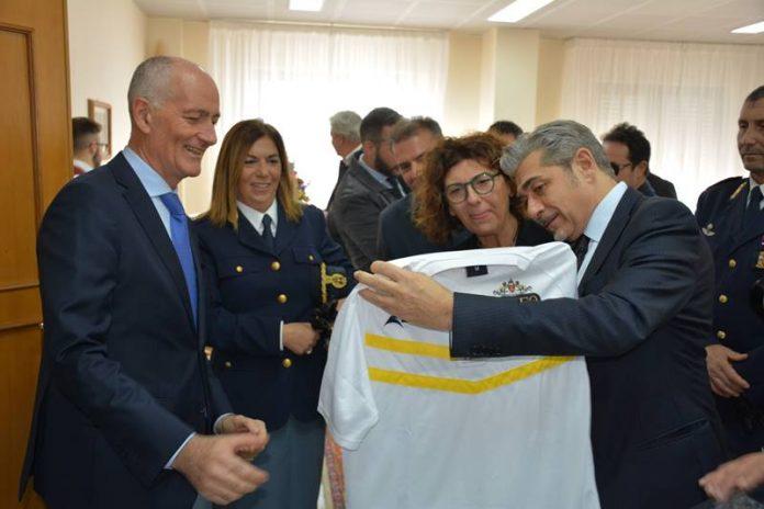 Il capo della Polizia Gabrielli con il questore Grassi