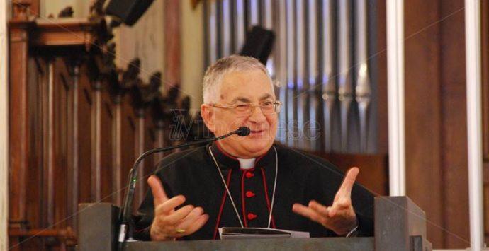 Festività natalizie, il messaggio del vescovo Luigi Renzo – Video
