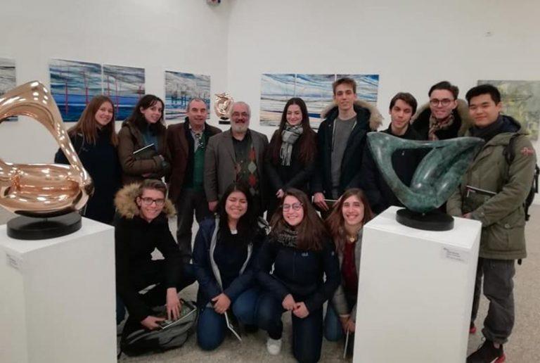 L'artista Alfredo Mazzotta da Ionadi sino a Milano, una carriera ricca di successi