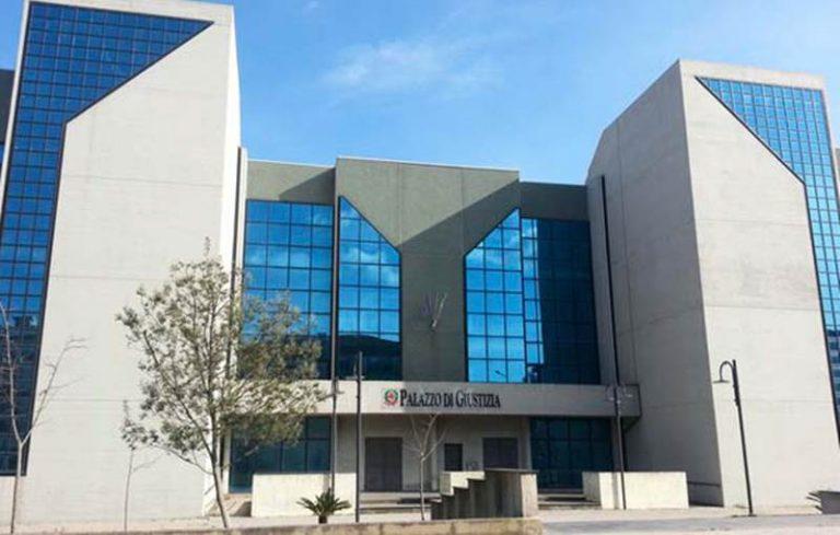 Commissione antimafia a Vibo, Nesci: «Completare il Palazzo di giustizia»
