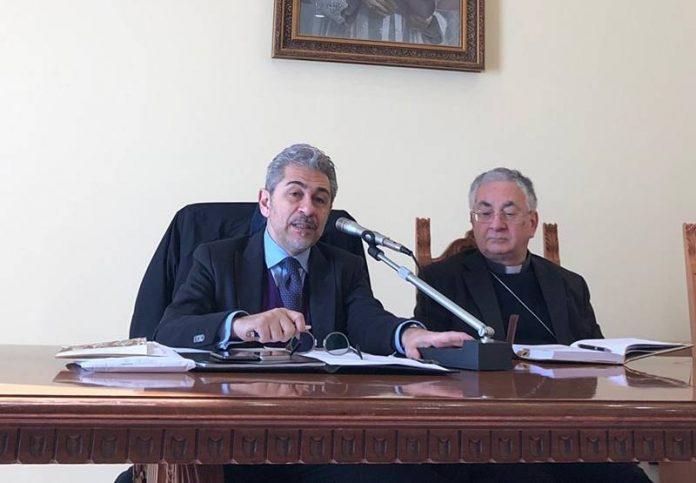 Il questore Grassi e il vescovo Renzo