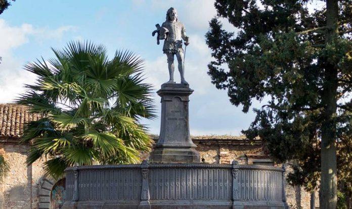 Mileto, il monumento a Ruggero il Normanno