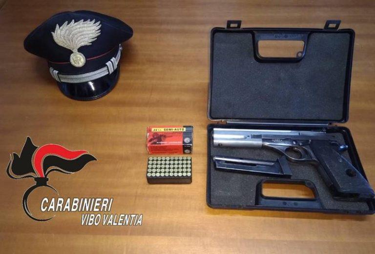 Pistola nascosta in un materasso, arrestato 73enne di Cessaniti