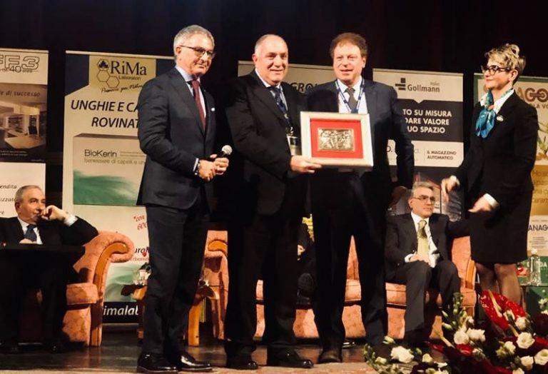 """Premio """"Fondazione Il Caduceo"""" al veterinario vibonese Francesco Massara"""