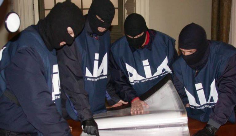'Ndrangheta nel Vibonese, l'ingerenza dei clan spiegata nella relazione della Dia