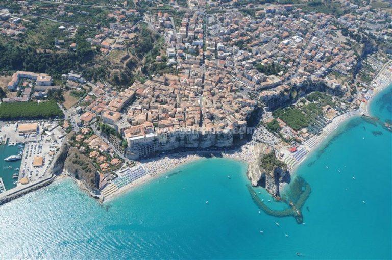 Tripadvisor incorona Tropea tra le più belle spiagge d'Italia