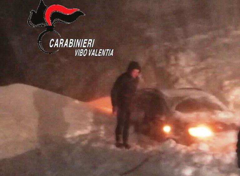 Bufera di neve tra Mongiana e Nardodipace, padre e figlio tratti in salvo dai Carabinieri