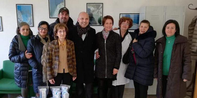 Chiosco solidale a Tropea, il ricavato donato al reparto di Oncologia