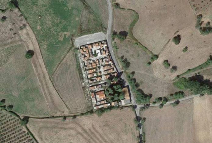 Il cimitero di Ionadi dall'alto