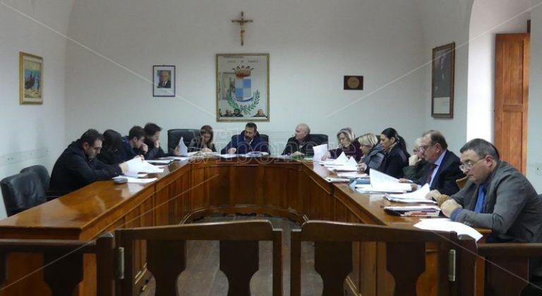 Tropea, in consiglio comunale è scontro su Palazzo Giffone
