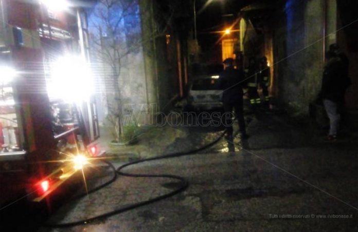 L'intervento dei Vigili del fuoco a Mileto