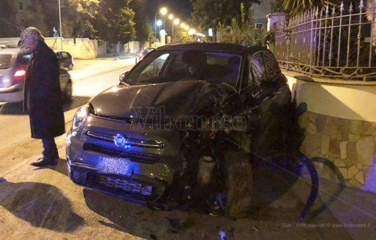 Incidente stradale a Mesiano, giovane di Nicotera trasportata in Pronto soccorso