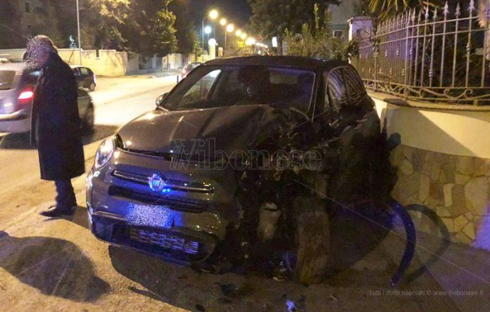Una delle vetture coinvolte nell'incidente