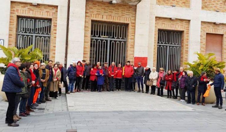 """""""L'Italia che resiste"""" in piazza anche a Vibo: «No ai porti chiusi»"""