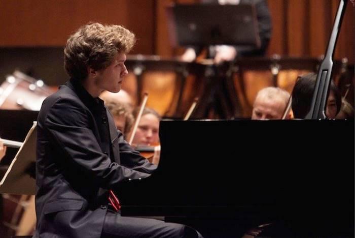 """A """"I concerti del giovedì"""" di scena il grande pianista Ivan Krpan"""