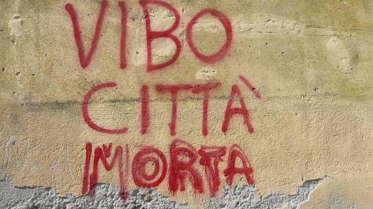 Il corsivo | Stavolta o si dà un governo serio alla città o Vibo muore