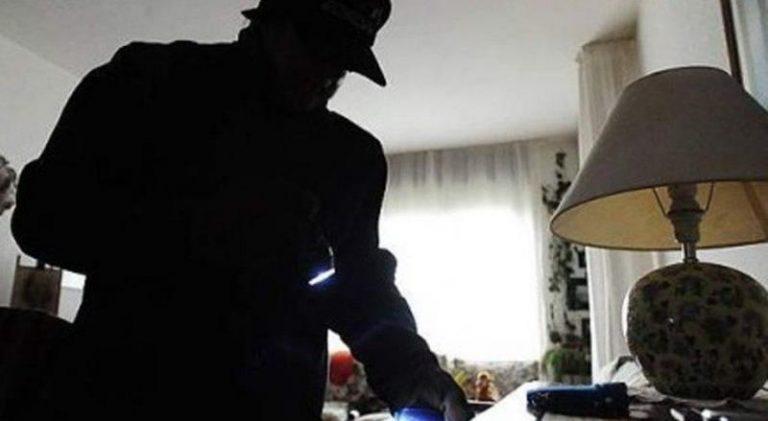 Malviventi in azione a Pizzo, anziana derubata dentro casa