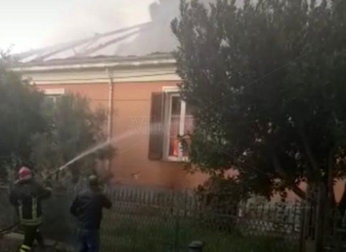 La casa interessata dall'incendio a Conidoni