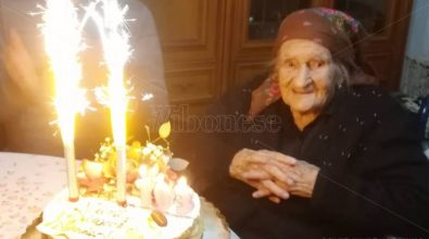 """Le 103 primavere di Angela Fortuna, Stefanaconi festeggia la sua """"donna simbolo"""""""